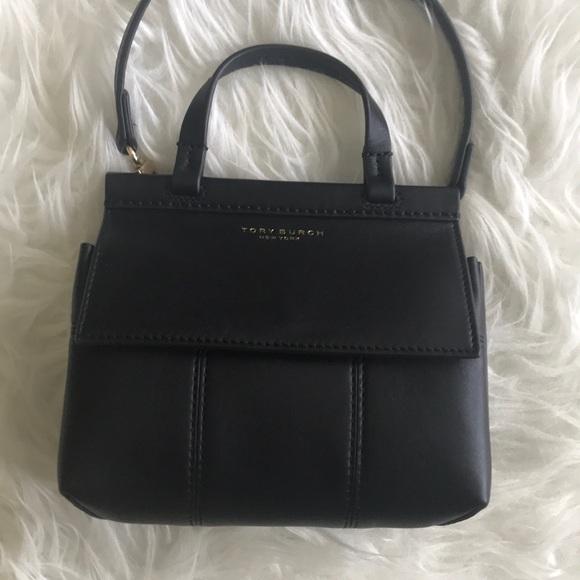 517a95eb7de Tory Burch block T mini satchel crossbody bag. M 5b5deaf90e3b863372336321